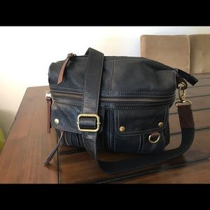 Fossil cross body genuine leather bag